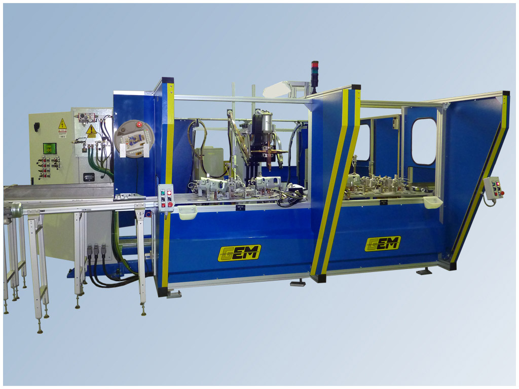 Impianto Robot per la saldatura a proiezione di 2-4 assi. Marta Modul 2-4 ax