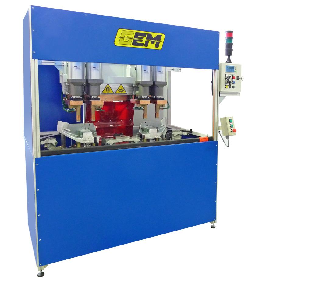 Puntatrice multipla a 4 cilindridi saldatura e dettaglio della zona di saldatura